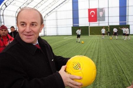 Karaçoban'a spor tesisi!.. 1