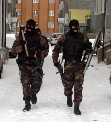 Erzurum'da balyozlu operasyon 1