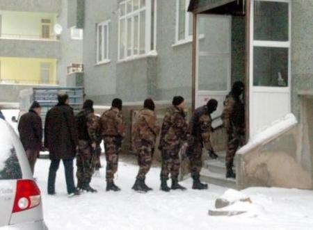 Erzurum'da balyozlu operasyon 4