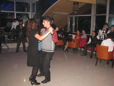 Erzurum dans-tango öğreniyor 2