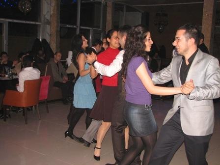 Erzurum dans-tango öğreniyor 4