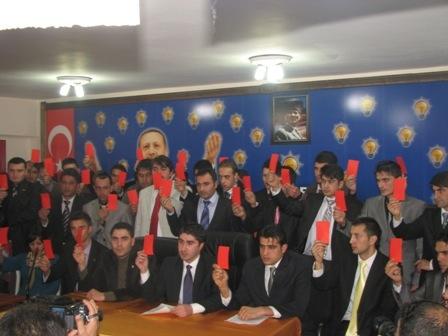 AKP'li gençlerden Akdağ'a destek!.. 2