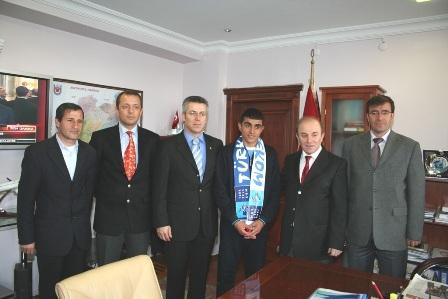 Erzurum'da şampiyona validen ödül 3