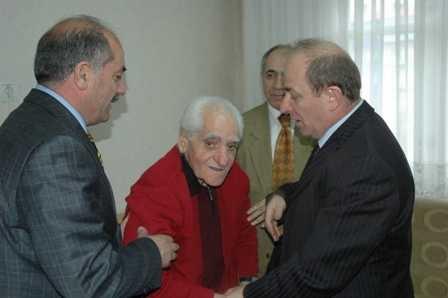 Erzurum Valisi ziyarete gitti!.. 5