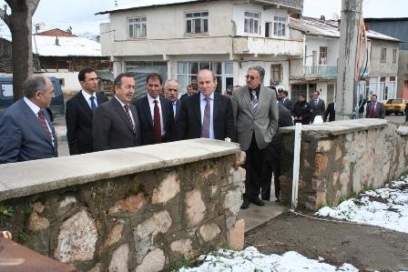 Erzurum Valisi çobana sahip çıktı 3