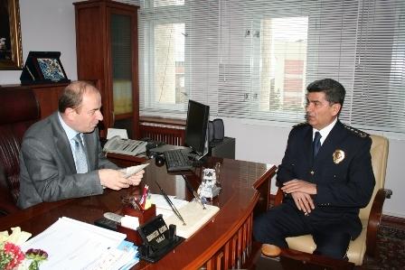 Polis'ten Erzurum valisine ziyaret 1