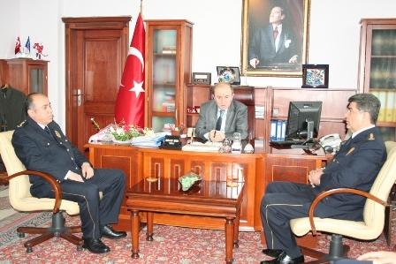 Polis'ten Erzurum valisine ziyaret 3