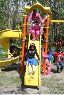 Yakutiye'den okullara oyun parkı 4