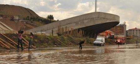 Erzurum 2011'e gidiyor ama! 4