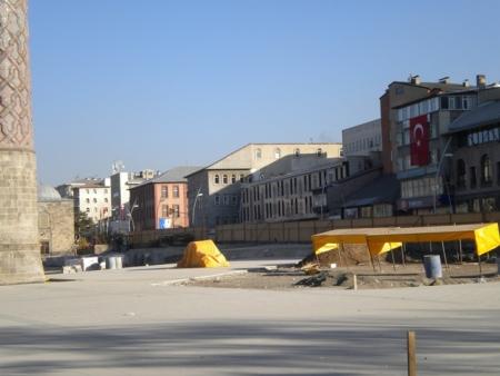 Erzurum 2011'e hazırlanıyor ama 2