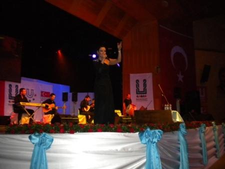 Erdal ve Sevcan Erzurum'u coşturdu! 3