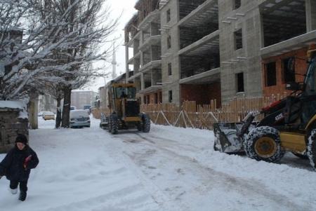 1600 sokakta kar temizliği! 1