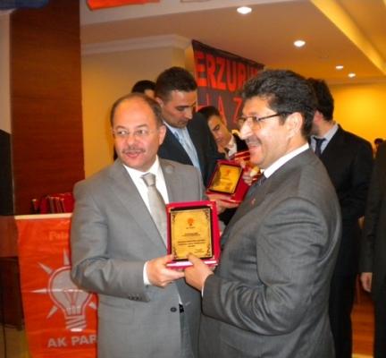 AK Partililer basınla buluştu 4