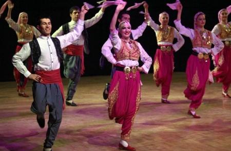 Erzurum'da dans gösterisi! 4