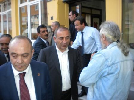 Akdağ'a Erzurum'da cevap verdi! 5