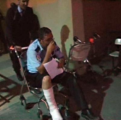 Biri polis 4 kişi yaralandı! 2