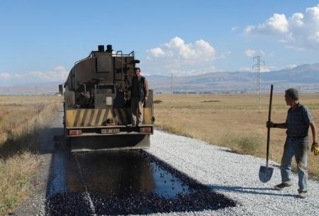 Erzurum'da Köy-Mahallelere asfalt! 1