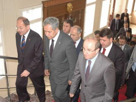 Erzurum'da iki açılış yapacaklar 4