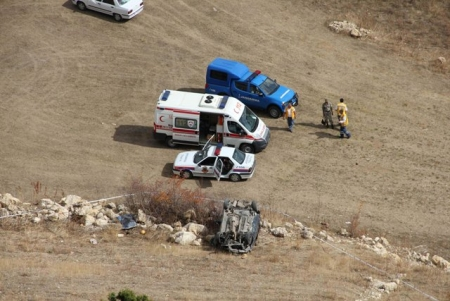 Trafik kazası: 2 ölü 3