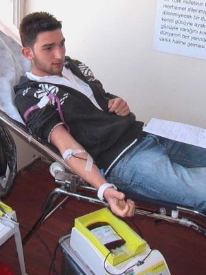 Ülkücülerden kan bağışı! 2