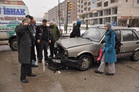Erzurum'da buzlanma kazaları! 1