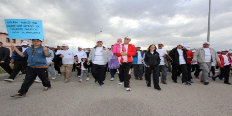 Aziziye'de sağlık için yürüdüler