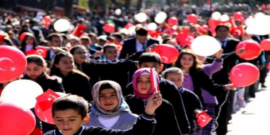 Erzurum'da Cumhuriyet Bayramı coşkusu