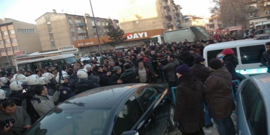 Erzurum'da TGB'lilere saldırı