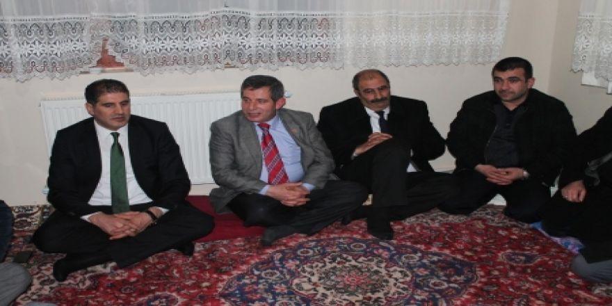 MHP'den mahalle ziyaretleri