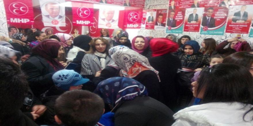 MHP kadınlarla geliyor