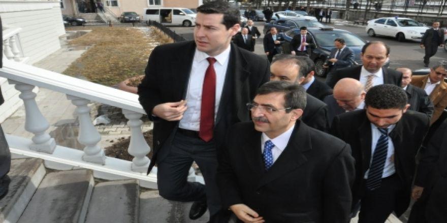 Bakan Güllüce Erzurum'da