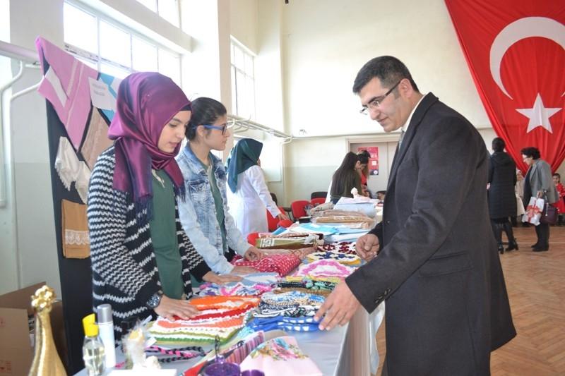 Erzurum'da 15 Temmuz şehit ve gazileri için kermes 1