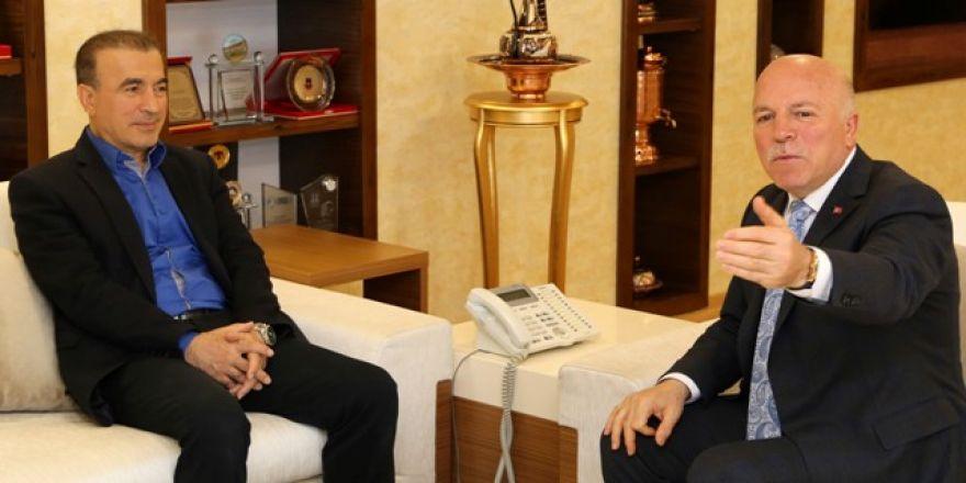 Bostancı Başkan Sekmen'i ziyaret etti