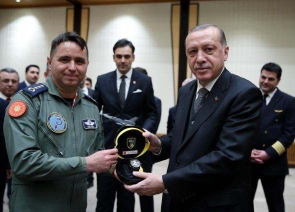 Cumhurbaşkanı Erdoğan pilotları kabul etti 1