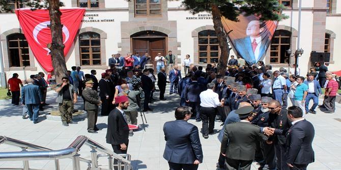 Tarihi Erzurum Kongresi 98 yıl sonra yeniden canlandırıldı 1
