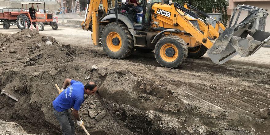 Büyükşehir şehrin caddelerini yeniden dizayn ediyor