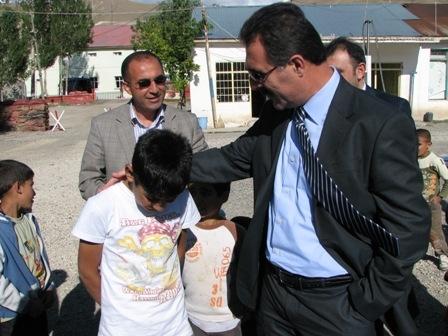 Aydın köy çocuklarını sevindirdi!.. 2