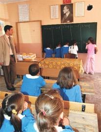 Beş sınıfa tek öğretmen!.. 1