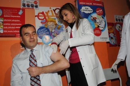 İlk aşı Müdür ve Başhekimlere! 1