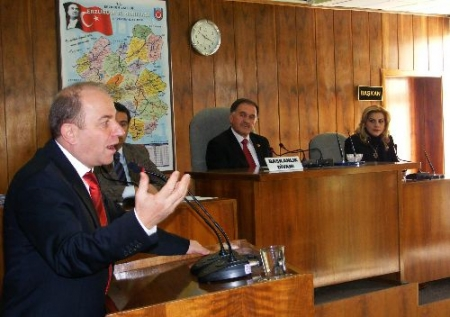 Erzurum Valisi il Meclisindeydi! 2