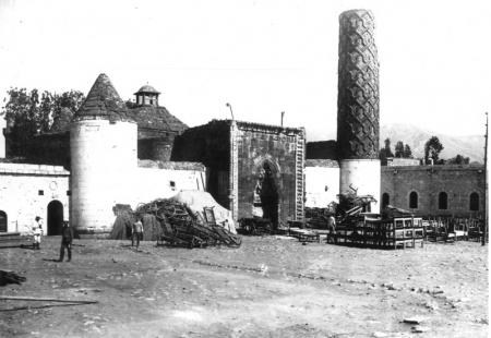 Erzurum'da tarihe PVC ayıbı! 11