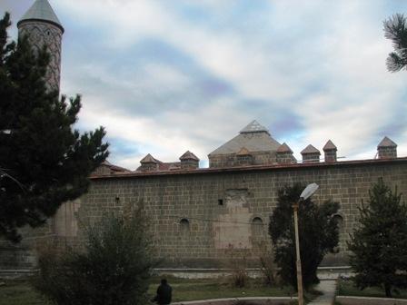Erzurum'da tarihe PVC ayıbı! 9