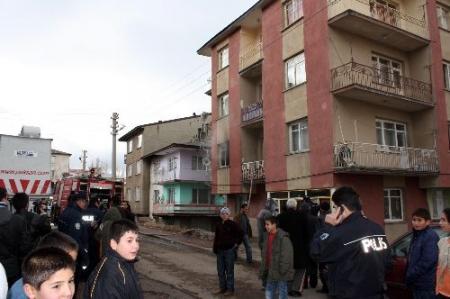 Erzurum'da korkutan yangın!.. 2