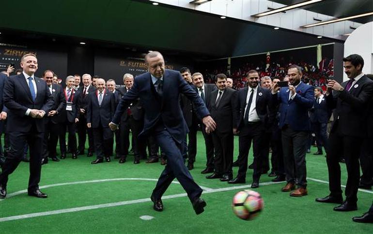 Erdoğan ve kulüp başkanlarından renkli görüntüler