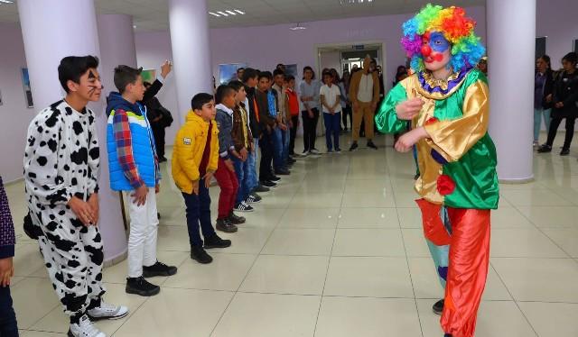 Karayazı'nın çocukları Yakutiye'de