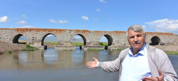 382 Yıllık Karaz Köprüsü Onarıma Alındı