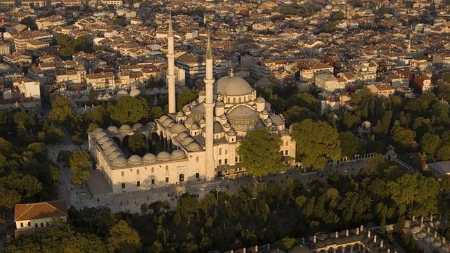 Fatih Camii'ni bombalayacağı iddia edilen komutanlar bakın ne yaptı
