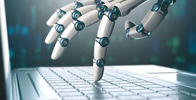 Mahkemelerde robot avukat dönemi