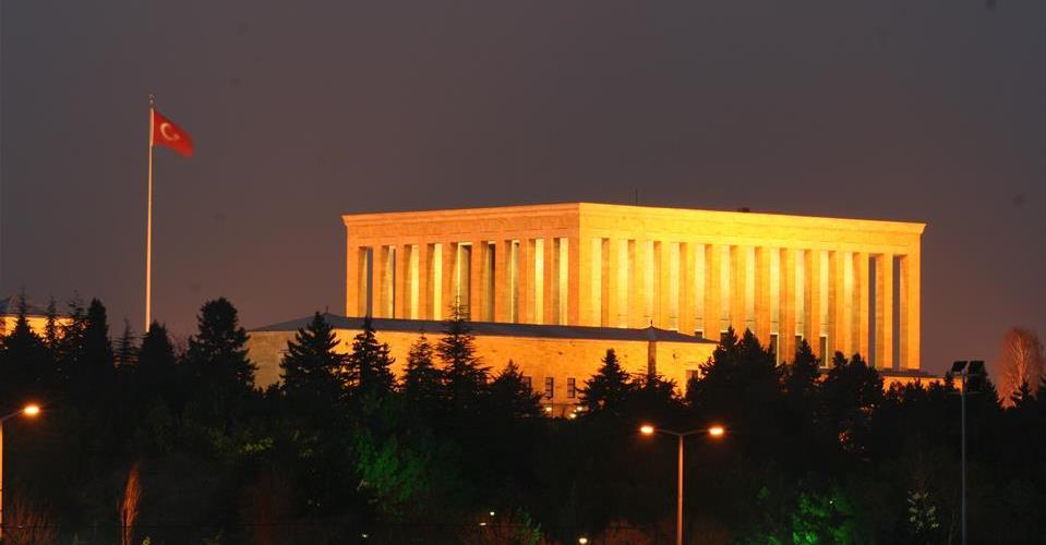 Mimarlar Odası: Anıtkabir çevresi imara açılacak