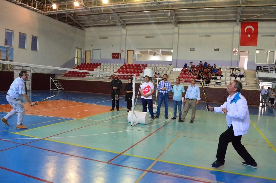 Badminton rüzgarı 15 Temmuz için esti